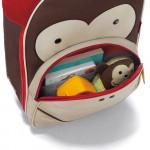 07_zoo_kids_rolling_luggage_monkey_212303_2700.jpg